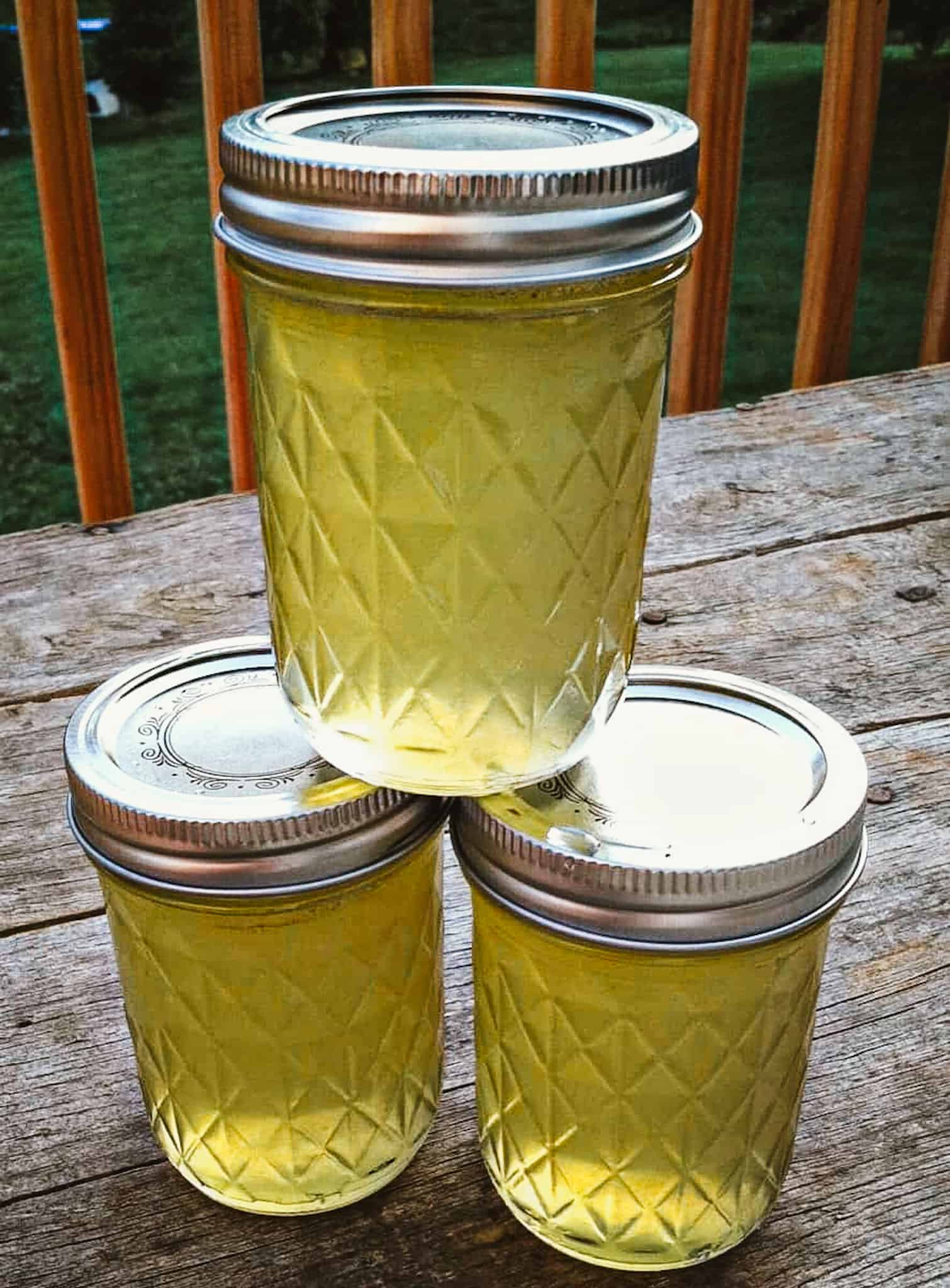 cucumber jelly in mason jars